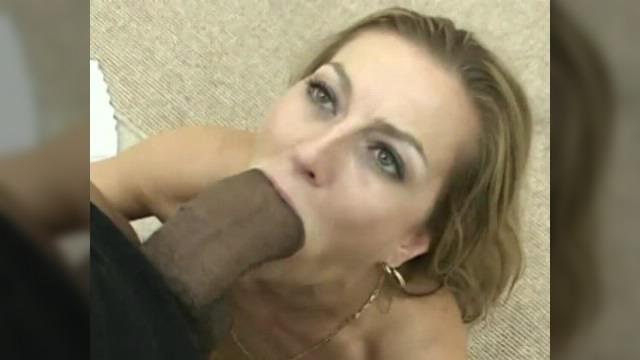Громадный член в рот видео